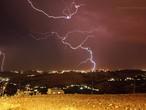 الان: عواصف رعدية  في عمّان ومناطق عدة من المملكة مترافقة بزخات من المطر والبرد