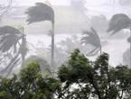 بالفيديو | إعصار دوريان يُغرق جزر الباهاما ويُدمر اكثر من 13000 منزل في اليوم الأول !