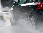 Important tips for your safety while driving in the rain