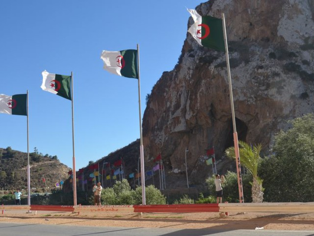 الطقس في المغرب العربي: الأربعاء ذروة الموجة الحارة على الجزائر واستمرار تأثيرها على أجزاء من تونس والمغرب