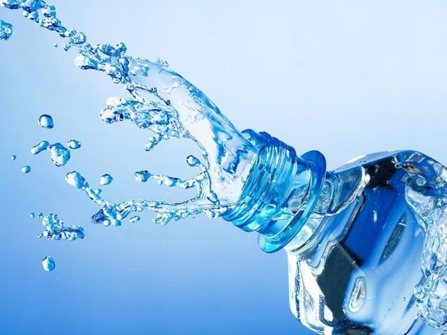 فوائد هامة للماء .. ستجعلك لا تغفل عن شربه في الصيف