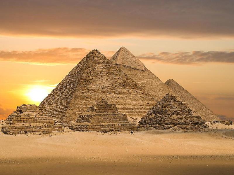 أشهر 10 أماكن سياحية في مصر طقس العرب