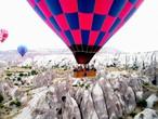 كابادوكيا.. عجائب الطبيعة والإنسان في تركيا
