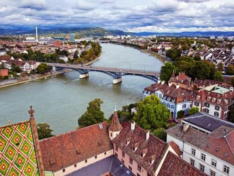 بالصور أجمل المدن في سويسرا أكبر مقصد للسياح طقس العرب