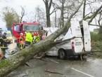 فرنسا... 3 وفيات بسبب عاصفة جنوب غرب البلاد وإصابة خمسة
