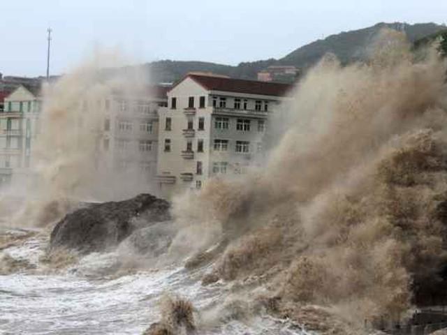 الصين...  إجلاء مئات الآلاف من سكان ساحلها الشرقي بسبب الإعصار ياجي