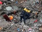 بالصور .. وفاة 47 شخصا في انهيار أرضي في الهند