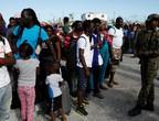 الآلاف يحاولون الفرار من جزر الباهاما بعد دمار الإعصار دوريان