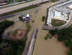 مقتل 8 أشخاص على الأقل جراء فيضانات بمدينة هيوستون الأمريكية