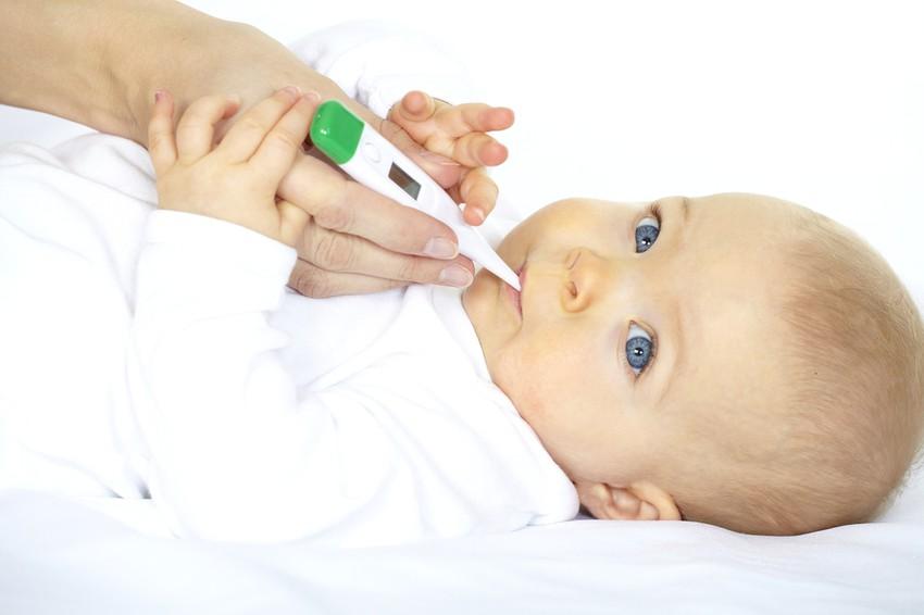 الرشح عند الطفل الرضيع أعراضه وطرق الوقاية منه طقس العرب