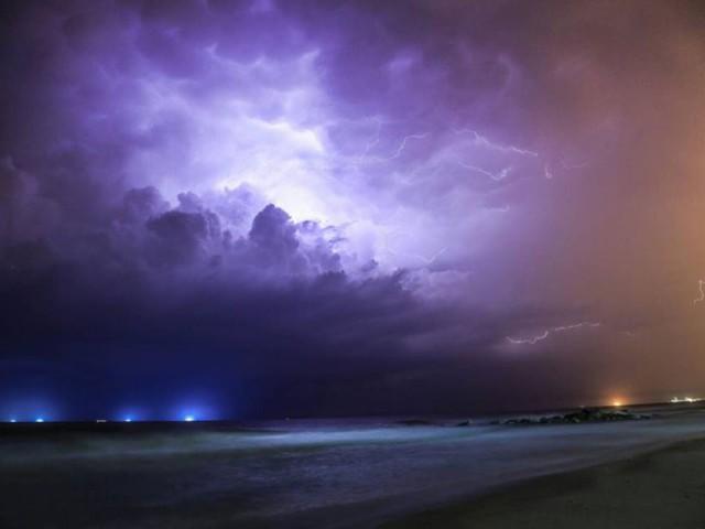خطر تشكل السيول هذه الليلة وحتى ظهر الخميس في مناطق مُتفرقة من البلاد