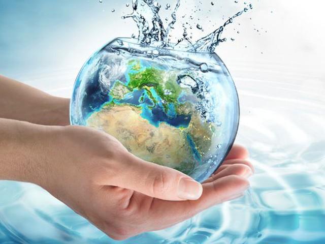 نسبة الماء في جسم الإنسان ومعلومات عن الماء في جسم الإنسان