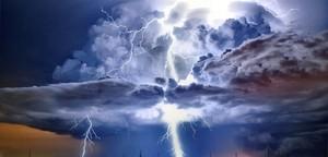 كيف تتكون الغيوم وكيف تسقط على شكل أمطار؟